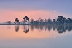 Sunrise or Moonset